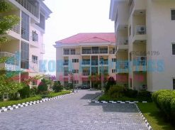 Three bedrooms flat for lease